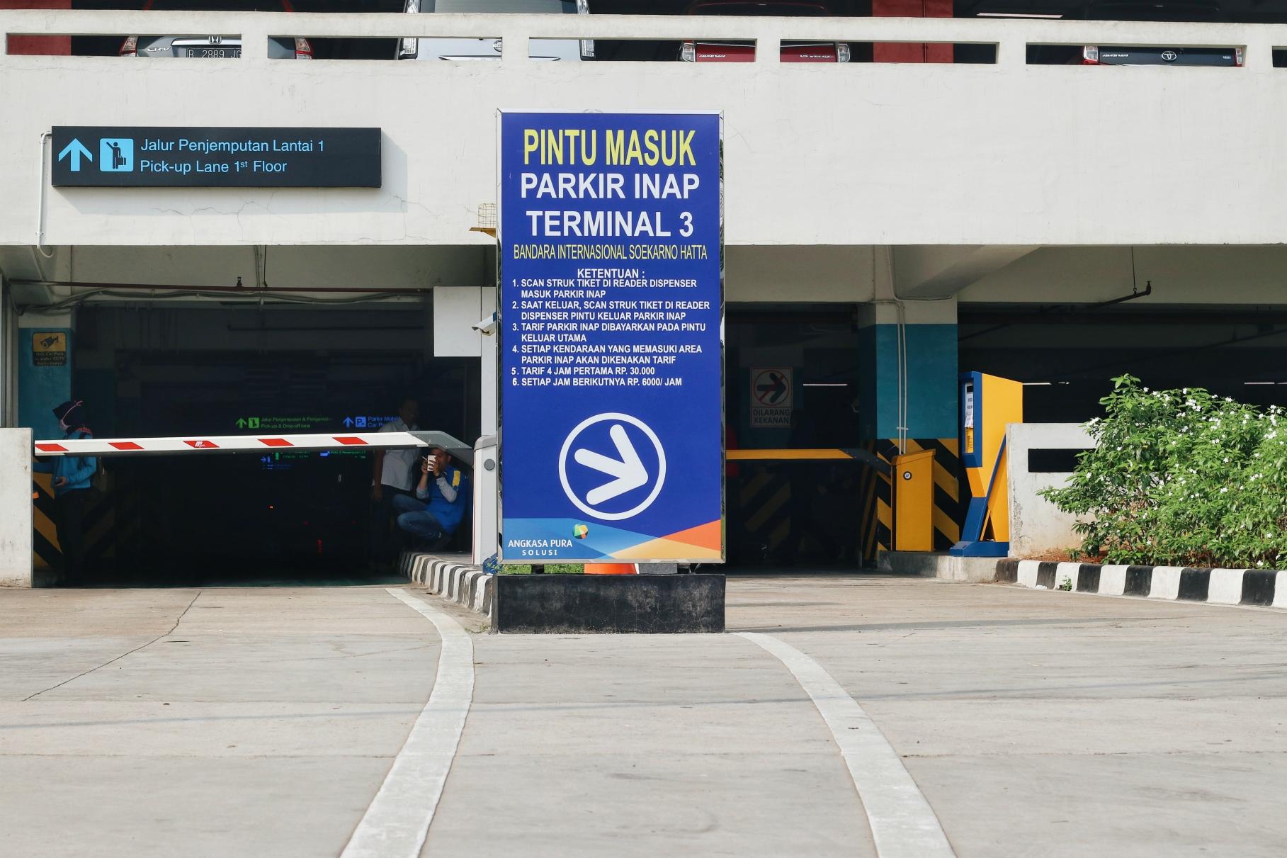 parkir6.jpg